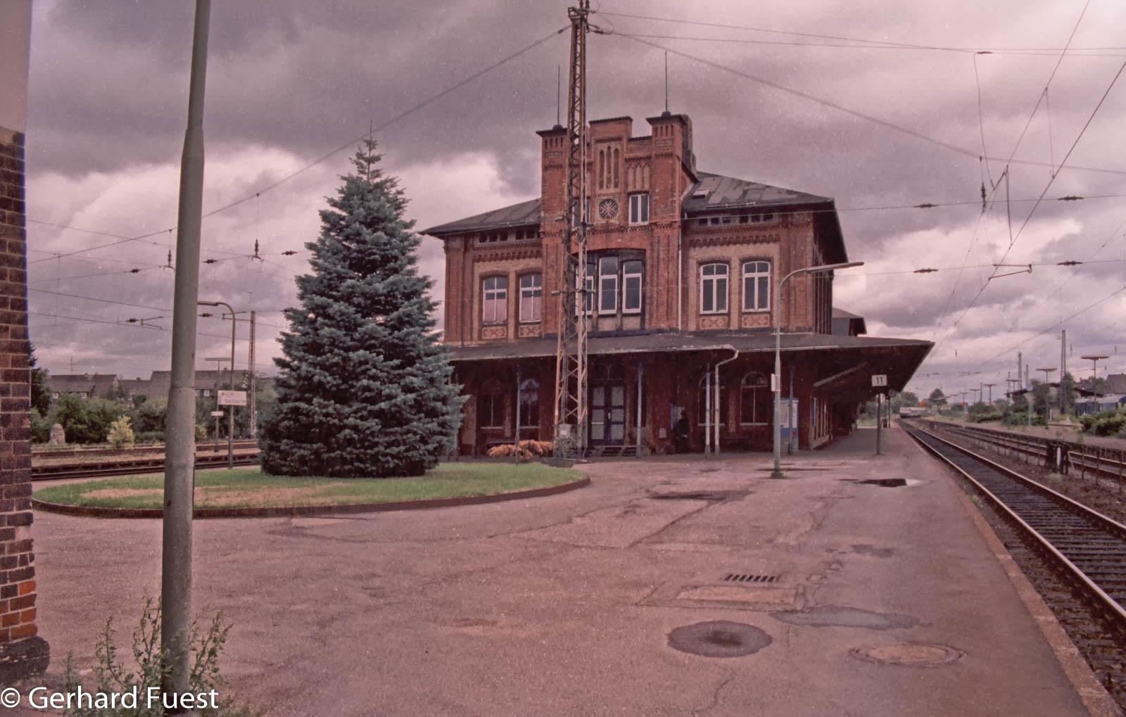 Auf der Ostseite geht es in Richtung Hildesheim, 1994